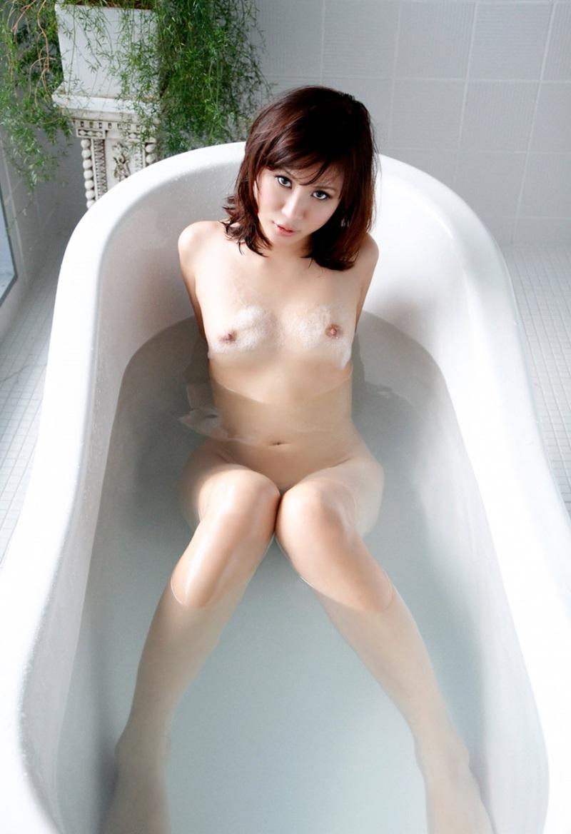 【入浴エロ画像】入浴中の女の子!当然、全裸だから堪らんよな!wwww 78