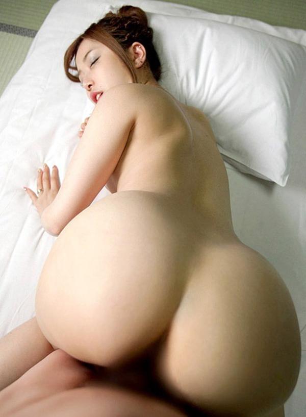 【バックエロ画像】お尻を突き出して挿入してもらって女の子、めっちゃ抜ける! 19