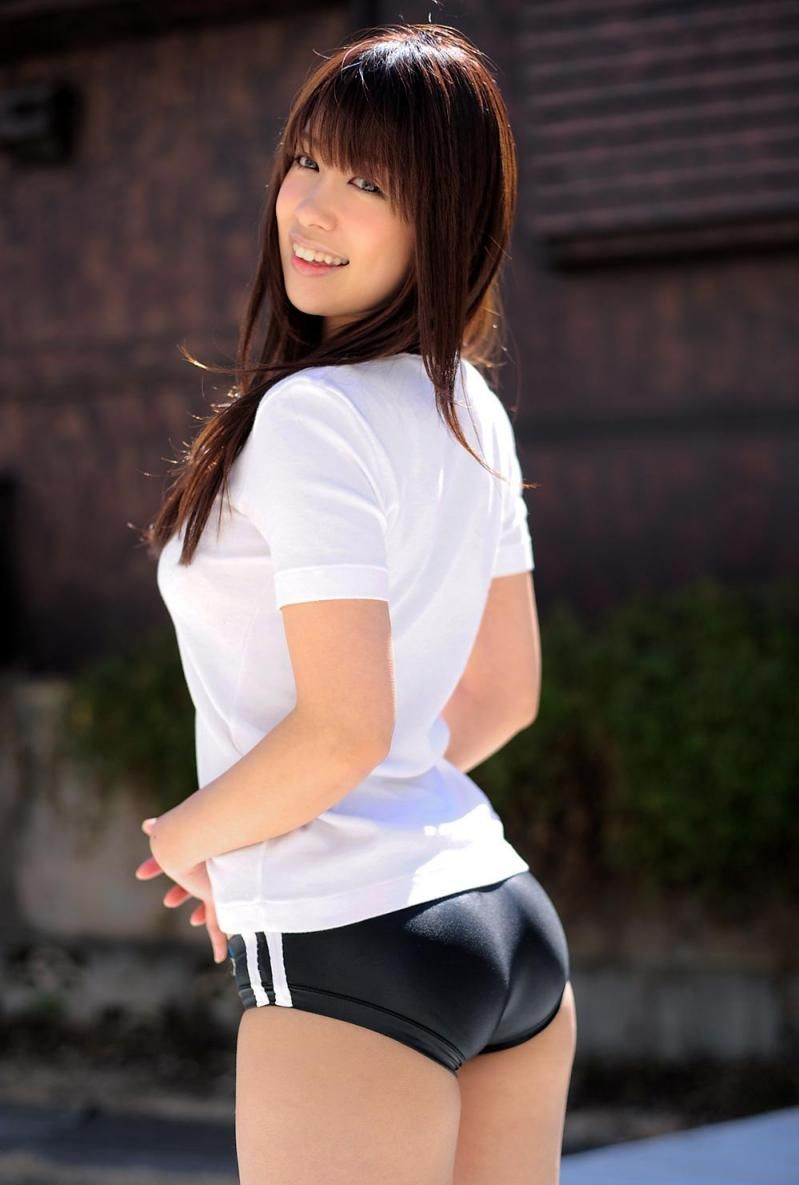 【体操服エロ画像】今の各学校の体操服って味気ないよな!?やっぱりコレだろ!? 04