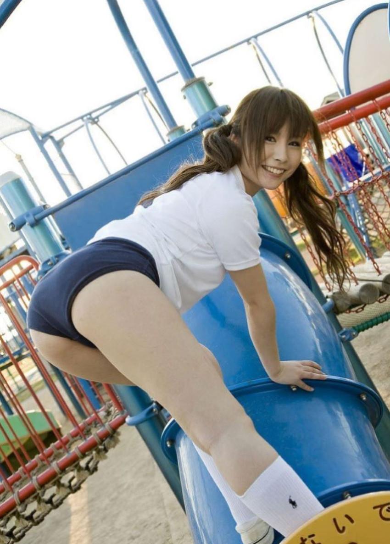 【体操服エロ画像】今の各学校の体操服って味気ないよな!?やっぱりコレだろ!? 52