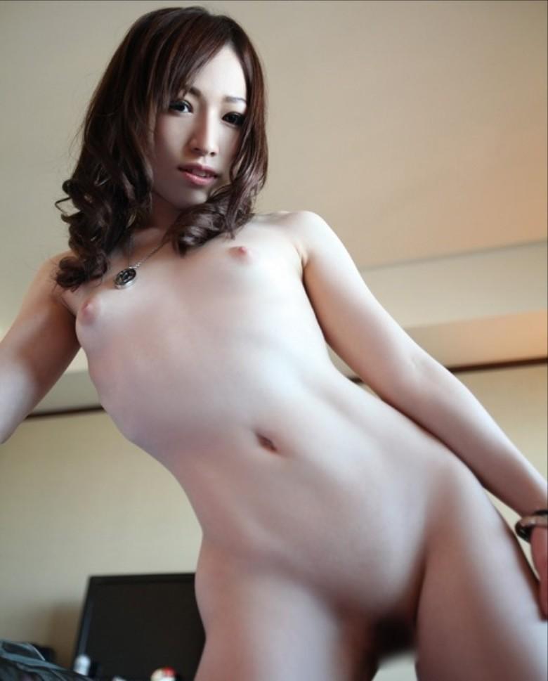 【ちっぱいエロ画像】膨らみかけた少女のような可愛い乳房に妄想が大爆発! 81