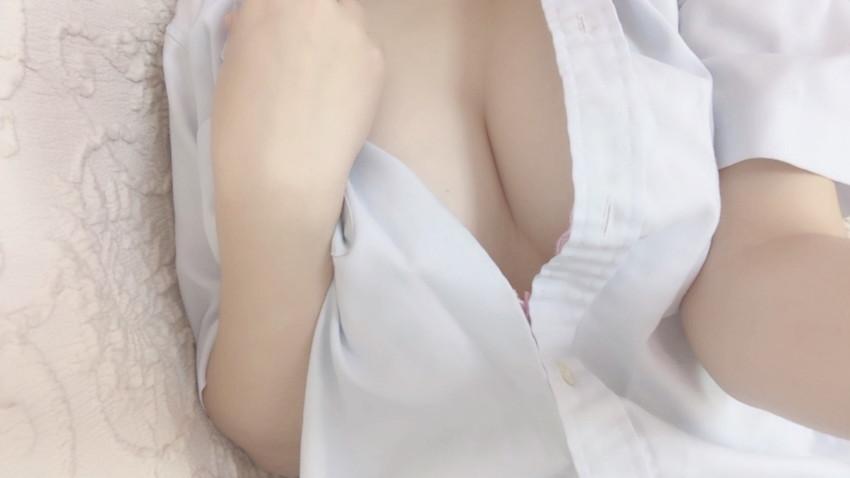 【自撮りエロ画像】恥ずかしすぎる!まさかのネット流出した素人自撮り画像! 16