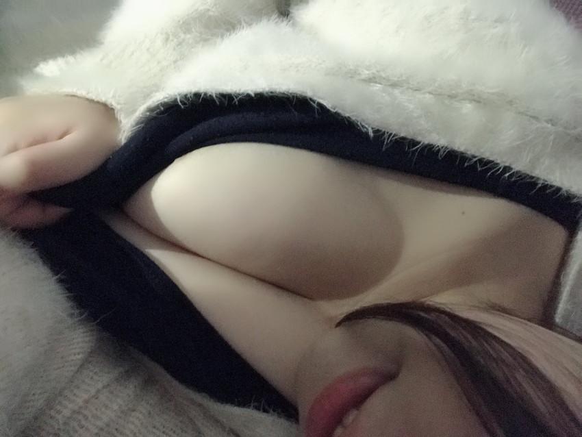 【自撮りエロ画像】恥ずかしすぎる!まさかのネット流出した素人自撮り画像! 56