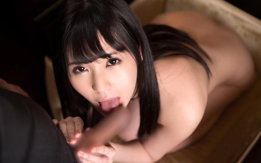 【全裸フェラエロ画像】素っ裸で入れてもらえる事を待ち望む女のフェラチオ 56