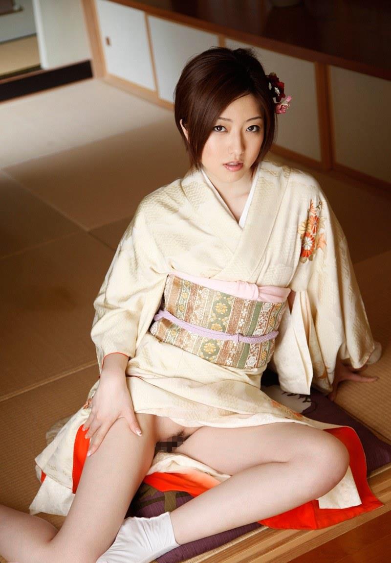 【和服エロ画像】和服姿って妙にソソるんだよな!和服のエロ画像集めたったwww 17