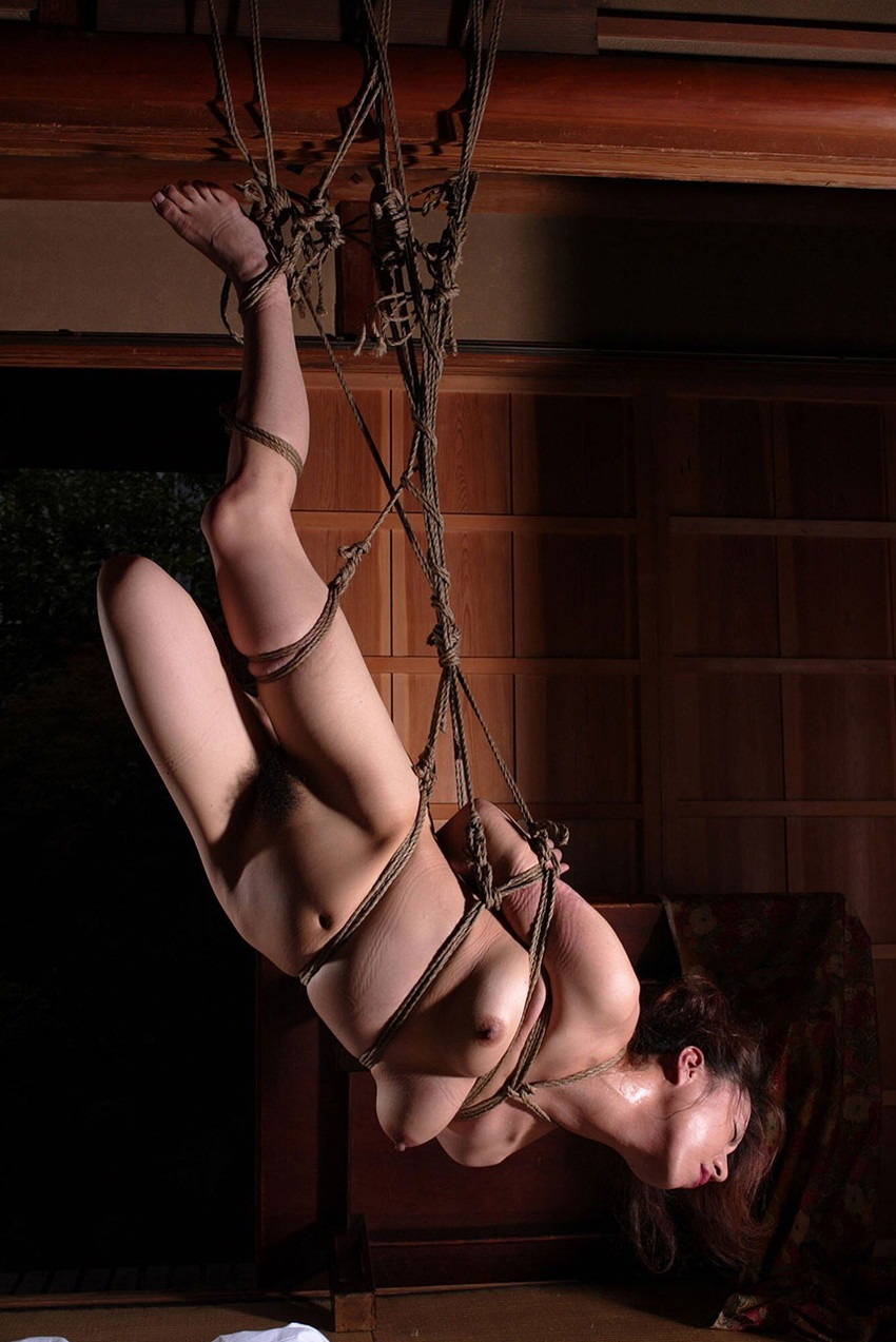 【緊縛エロ画像】緊縛された女の姿に男の本能が呼び覚まされる!?wwww 05
