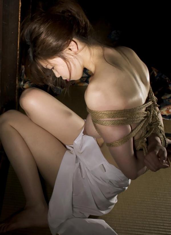 【緊縛エロ画像】緊縛された女の姿に男の本能が呼び覚まされる!?wwww 28