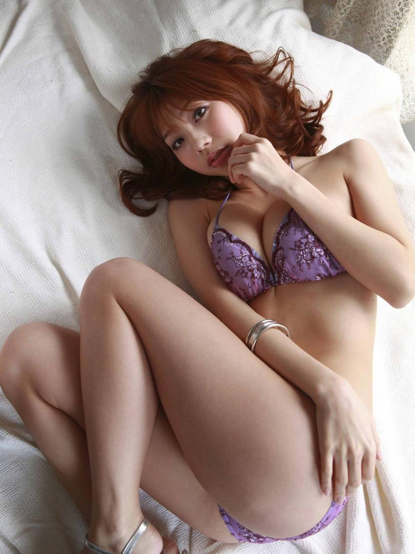 【ランジェリーエロ画像】割とイケる!裸でなくとも下着姿の女子ってのも意外と抜ける!? 39