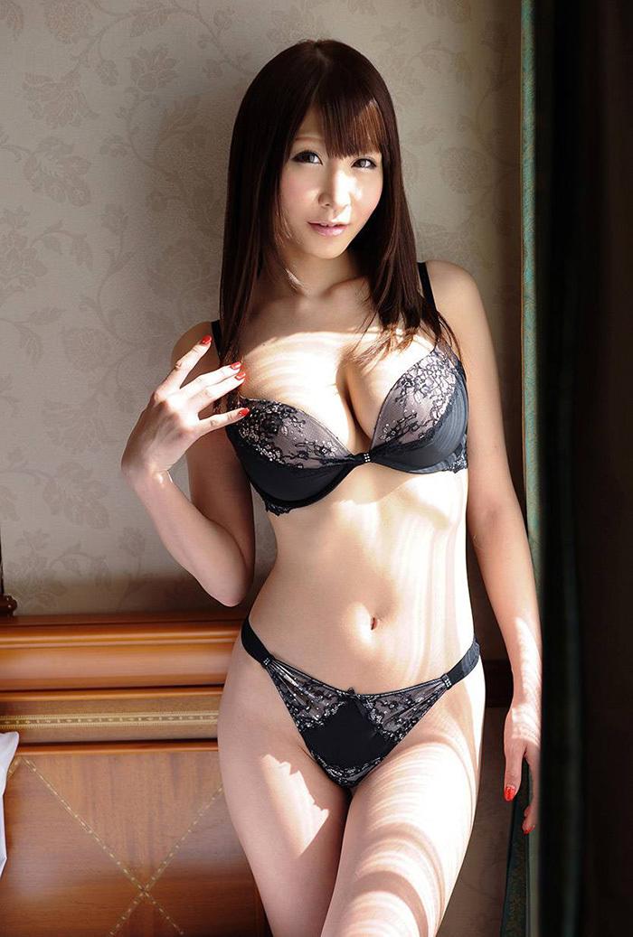 【ランジェリーエロ画像】割とイケる!裸でなくとも下着姿の女子ってのも意外と抜ける!? 64