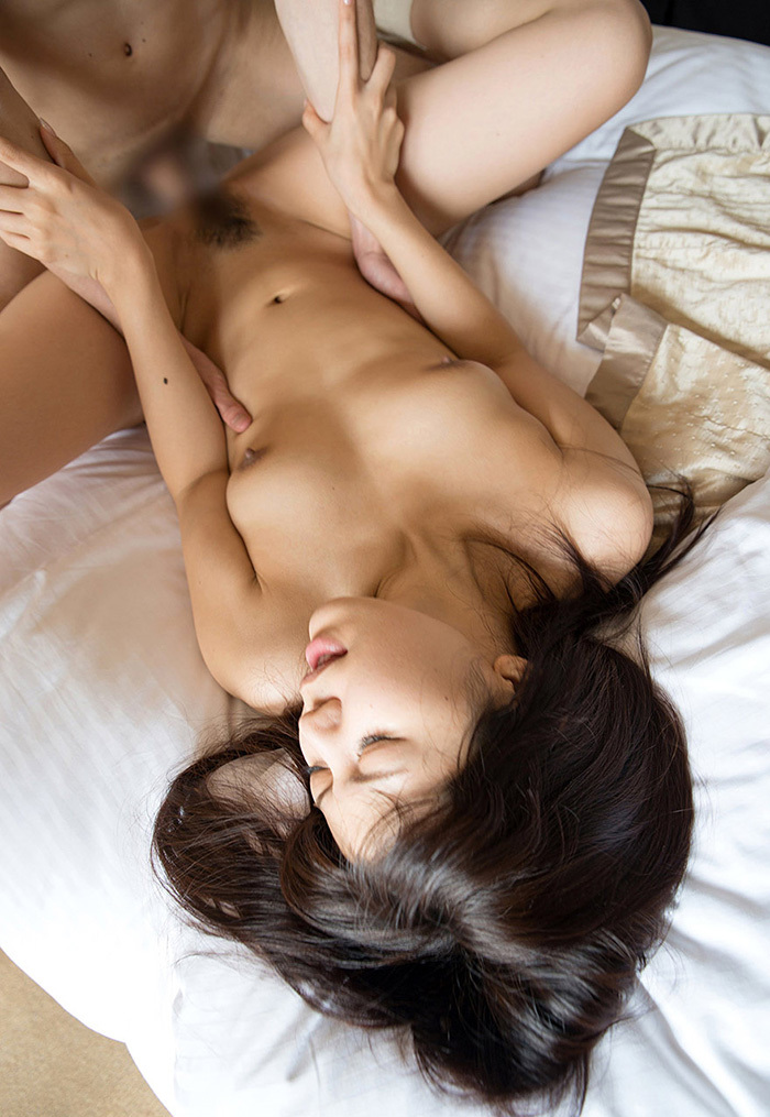 【正常位エロ画像】最も一般的で最もオーソドックスなセックスの体位といえば!? 68