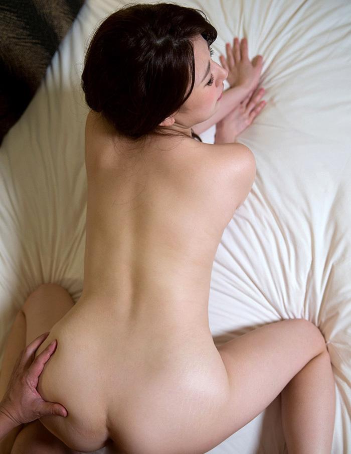 【バックエロ画像】奥までズンズン届く!?子宮で感じるセックスの体位! 39