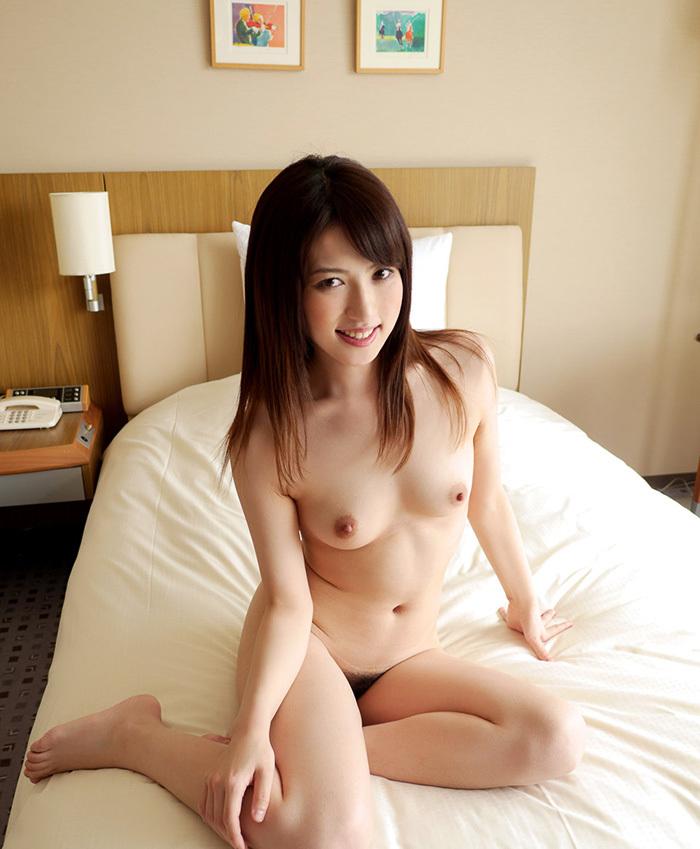 【美乳エロ画像】おっぱ好き必見!美乳の女の子達の画像あつめたった! 41