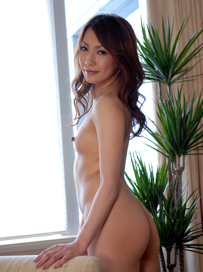 【ちっぱいエロ画像】貧乳だなんて言わないで!可愛らしいちっぱい女子の画像 79