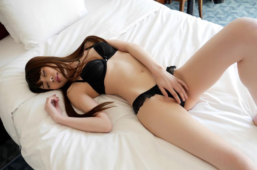【ランジェリーエロ画像】下着姿の女の子って結構エロいよね!?意外にも抜ける!? 43