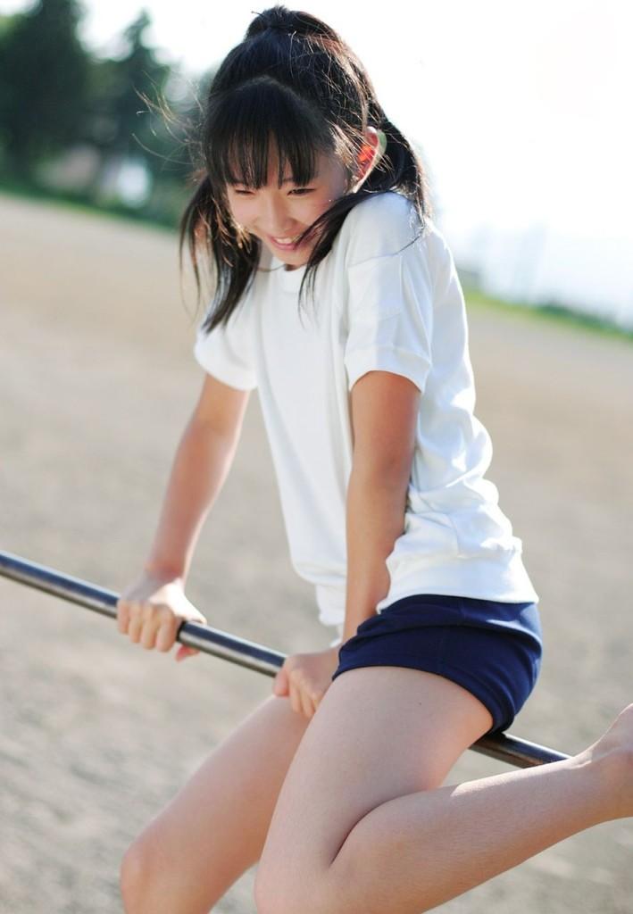 【体操服エロ画像】古きよき時代!ブルマという体操服がたまらんちwwww 47