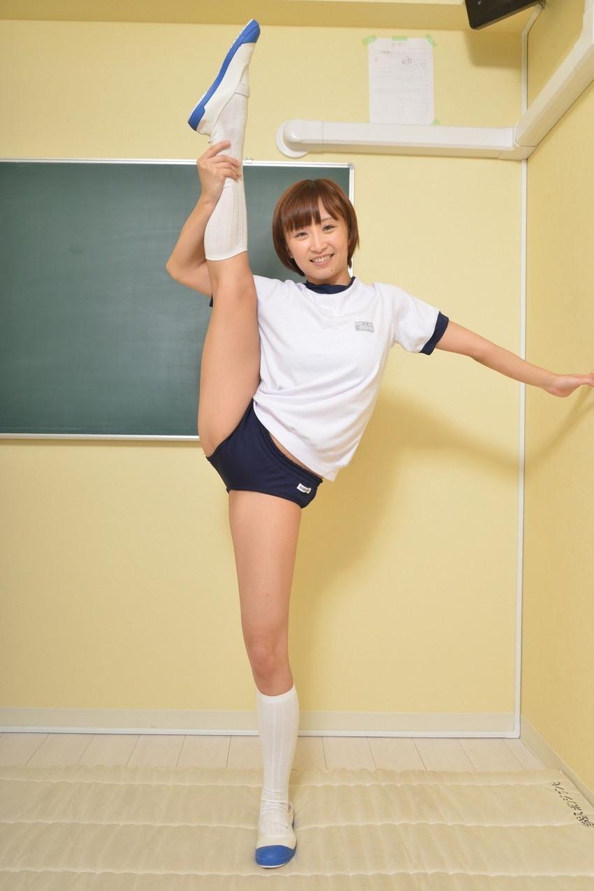 【体操服エロ画像】古きよき時代!ブルマという体操服がたまらんちwwww 67