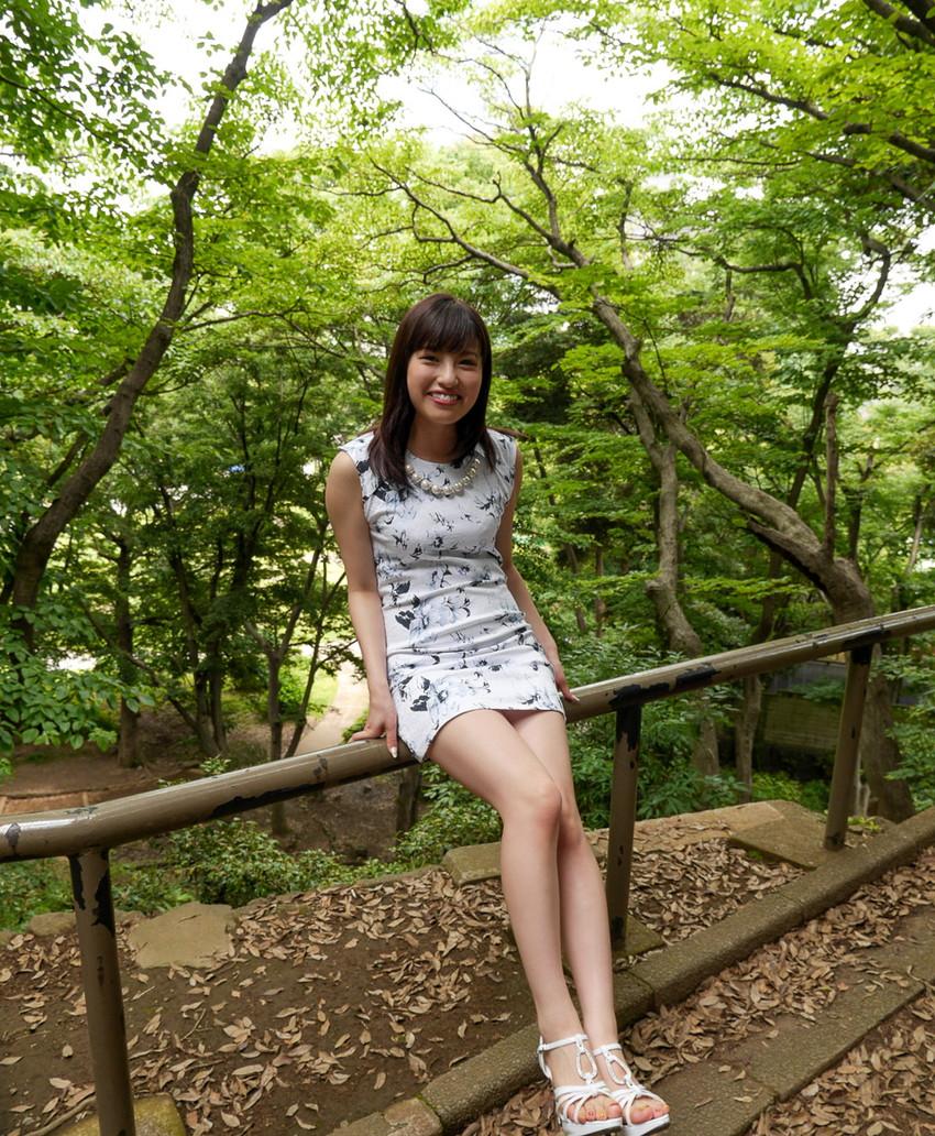 【美脚エロ画像】美しい脚線美の先には…妄想とまらない美脚の女の子! 10
