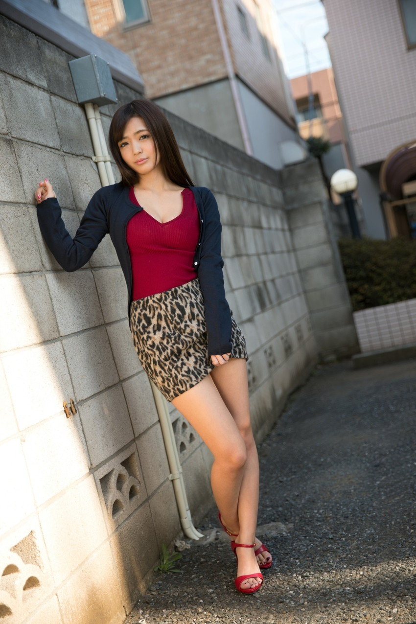 【美脚エロ画像】美しい脚線美の先には…妄想とまらない美脚の女の子! 32