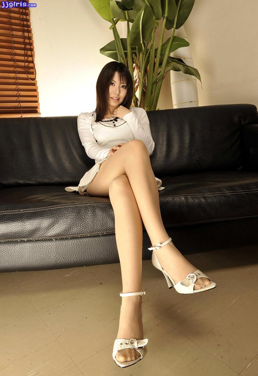 【美脚エロ画像】美しい脚線美の先には…妄想とまらない美脚の女の子! 40