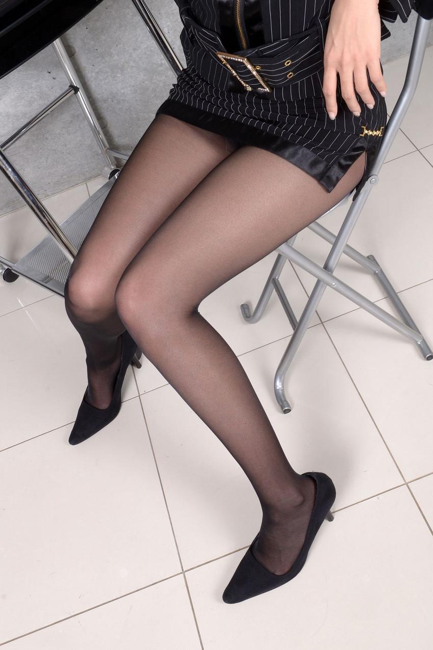 【美脚エロ画像】美しい脚線美の先には…妄想とまらない美脚の女の子! 44