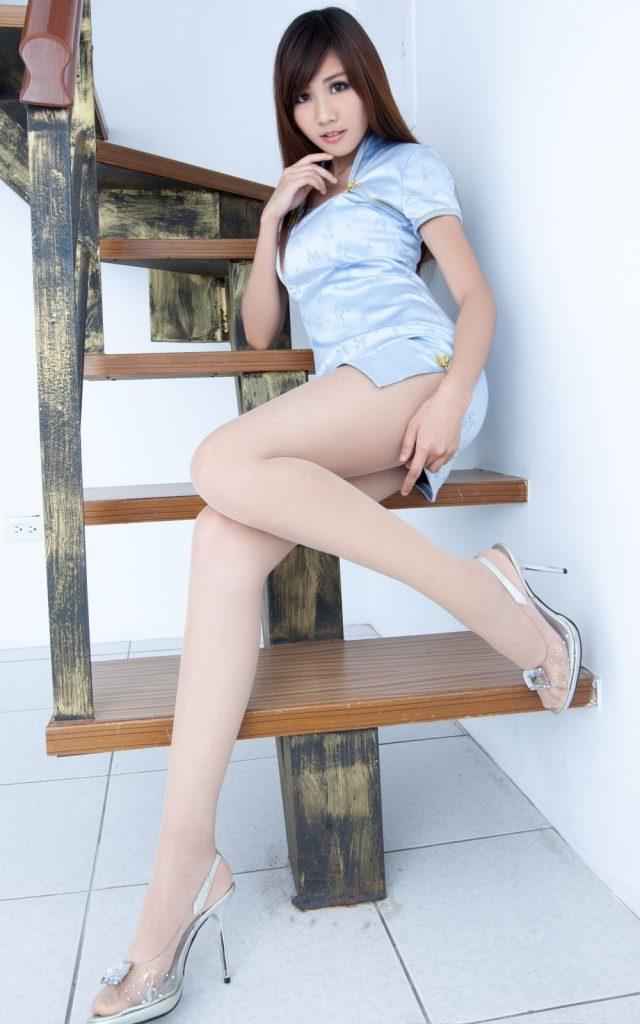 【美脚エロ画像】美しい脚線美の先には…妄想とまらない美脚の女の子! 48