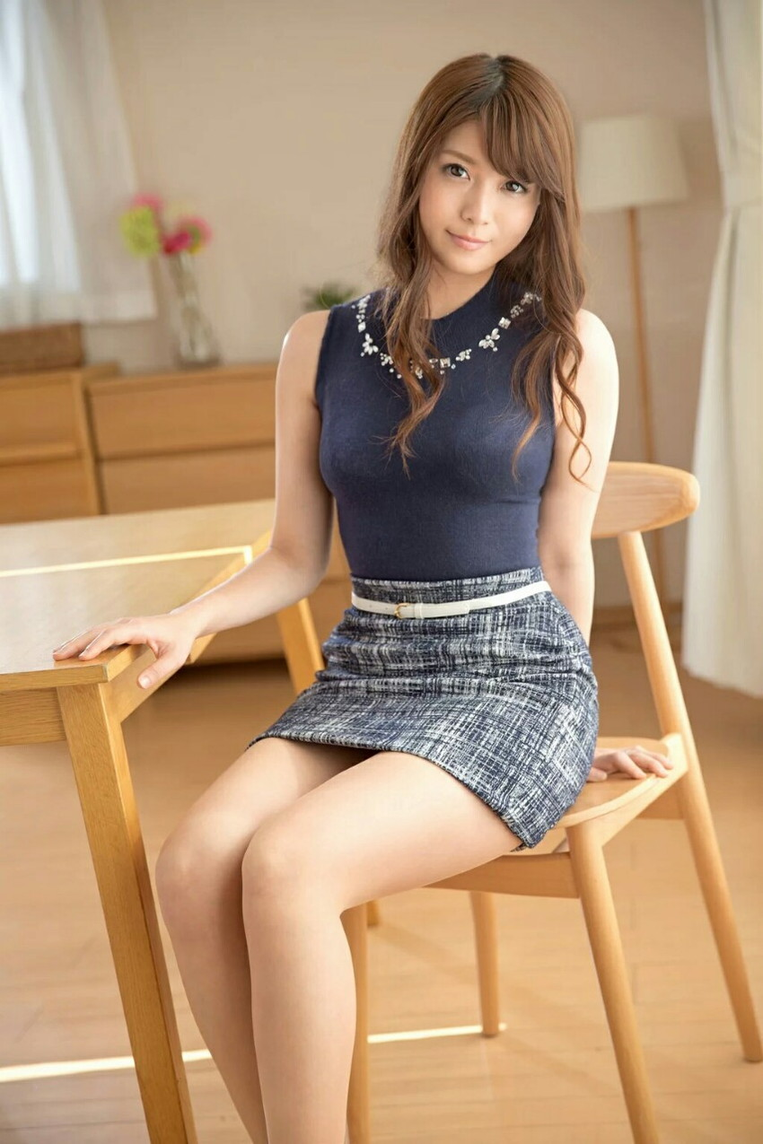 【美脚エロ画像】美しい脚線美の先には…妄想とまらない美脚の女の子! 61