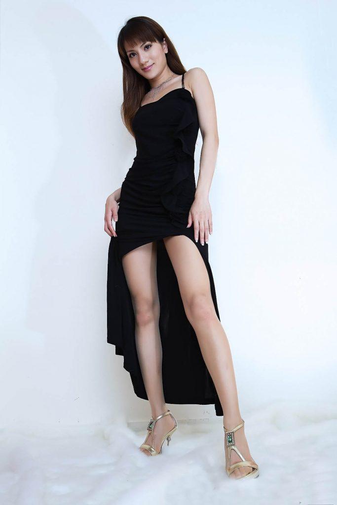【美脚エロ画像】美しい脚線美の先には…妄想とまらない美脚の女の子! 77