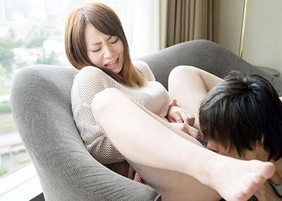 【クンニリングスエロ画像】オマンコをぺろぺろ刺激されて感じまくる女子エロッ!