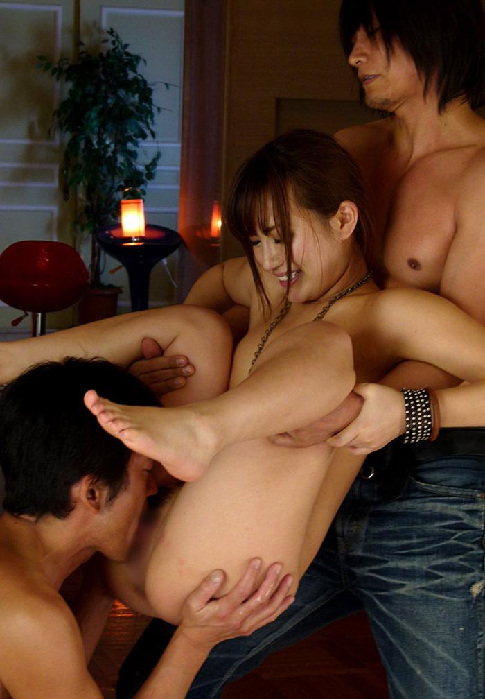【クンニリングスエロ画像】オマンコをぺろぺろ刺激されて感じまくる女子エロッ! 69