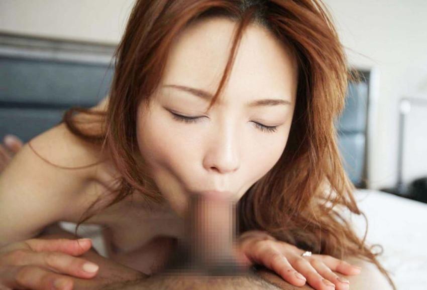 【全裸フェラエロ画像】全裸でフェラチオする女たちの画像集めたったwwww 65