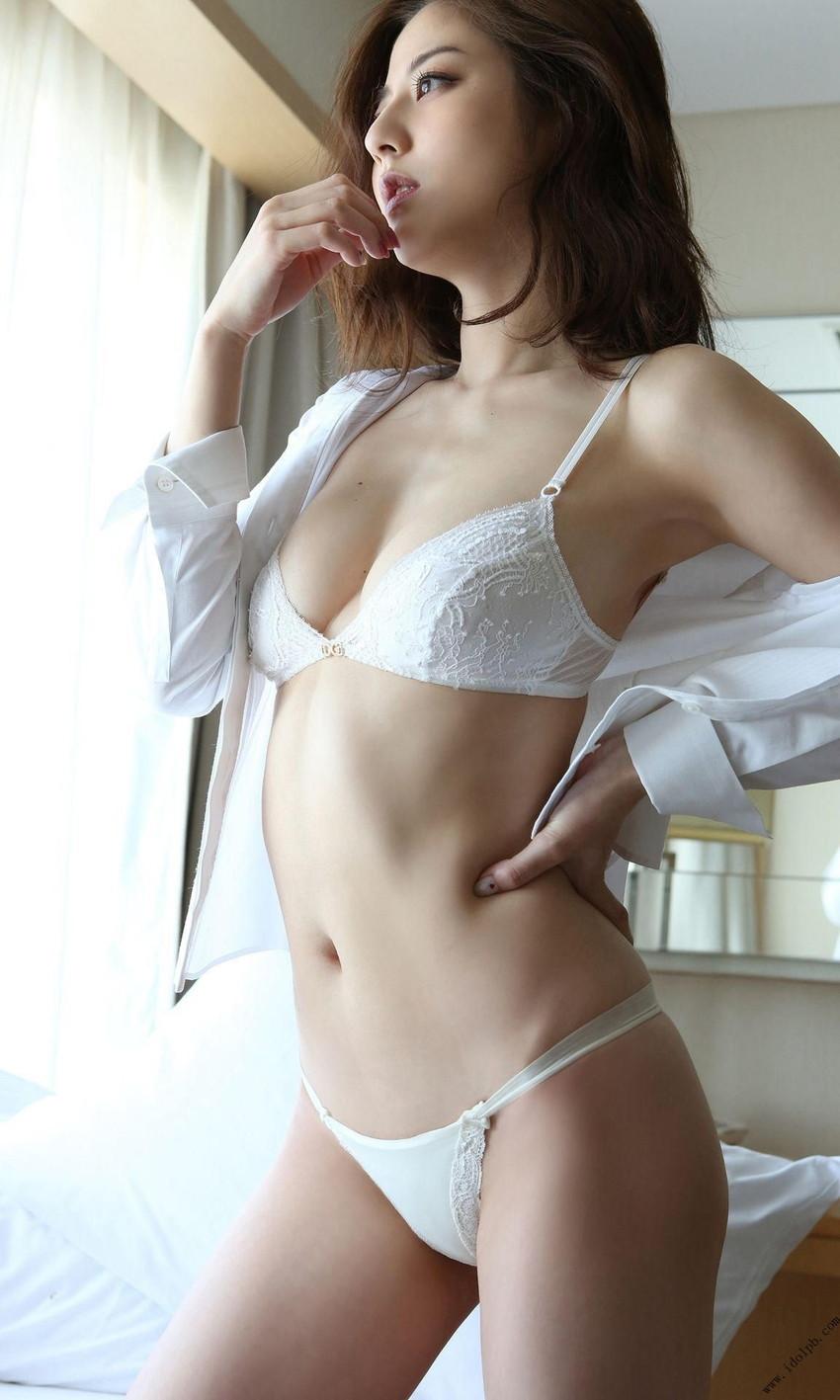 【ランジェリーエロ画像】男性用の下着とは一味違う!セクシーさに釘付け女性下着! 60