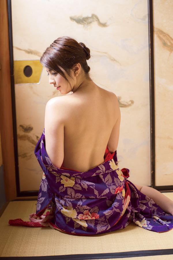 【和服エロ画像】和服姿のエロスに大興奮!これぞ日本人の心だよな! 17