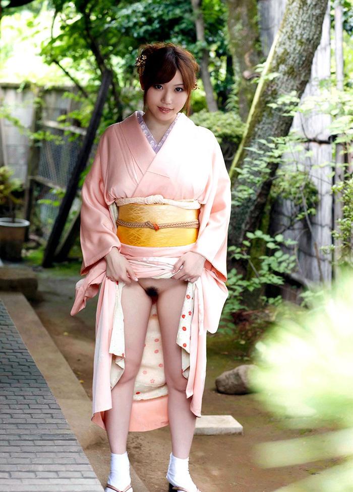 【和服エロ画像】和服姿のエロスに大興奮!これぞ日本人の心だよな! 52