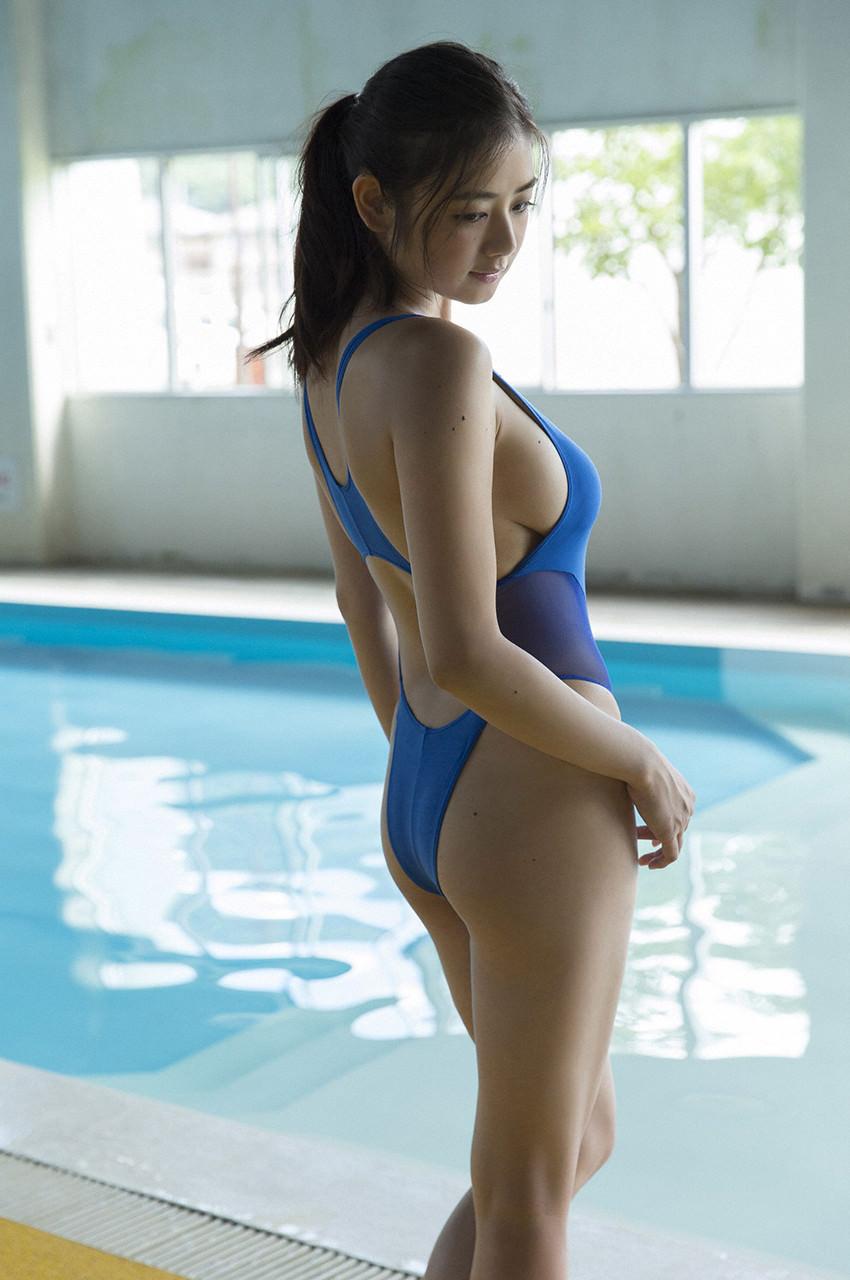 【競泳水着エロ画像】こんな水着…これが競泳用というから驚き!おっきした! 15