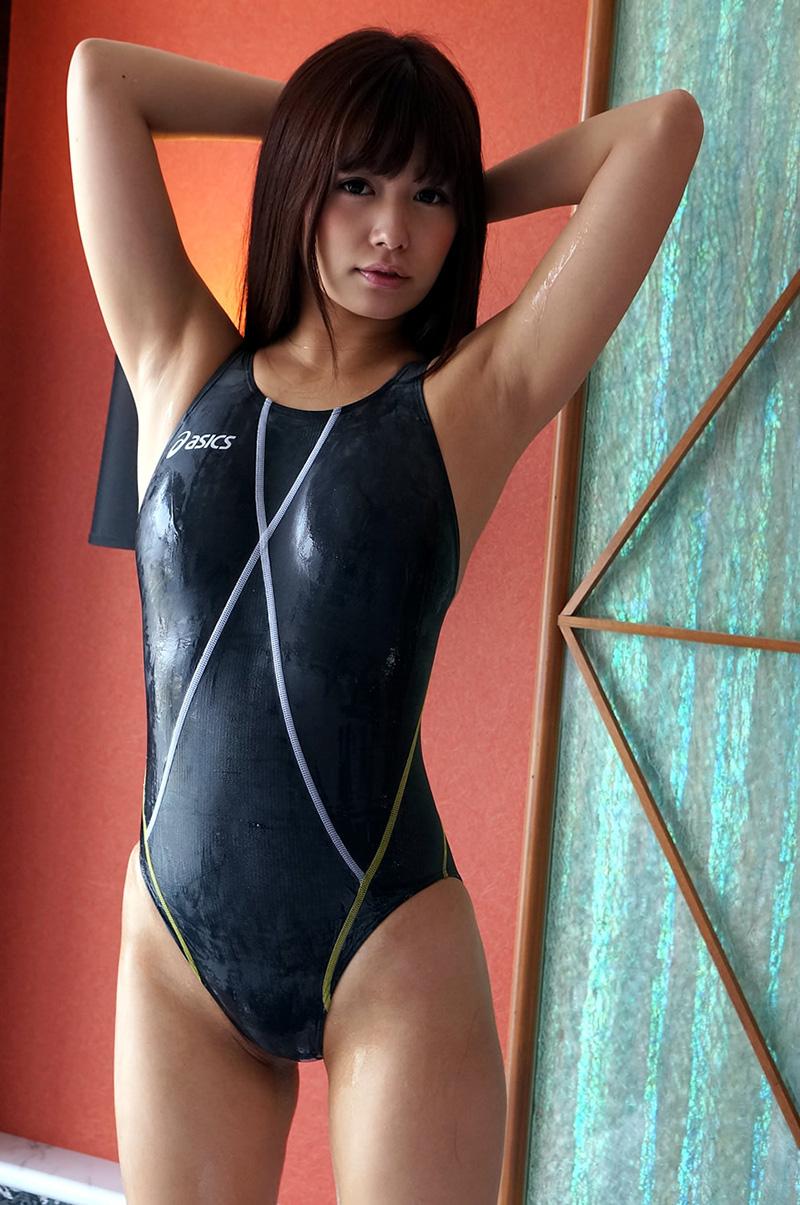 【競泳水着エロ画像】こんな水着…これが競泳用というから驚き!おっきした! 66