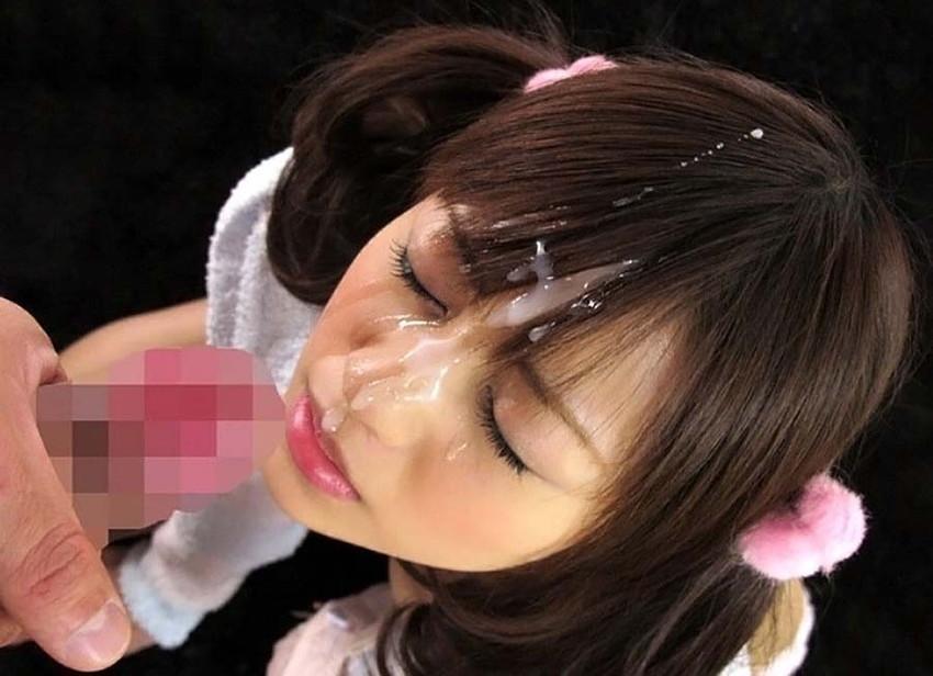 【顔射エロ画像】可愛いお顔がザーメンまみれ!顔射の餌食になった女の子! 48