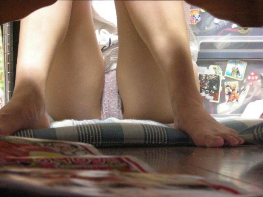 【家庭内盗撮エロ画像】家庭内で盗撮犯の餌食になってしまった素人娘! 28