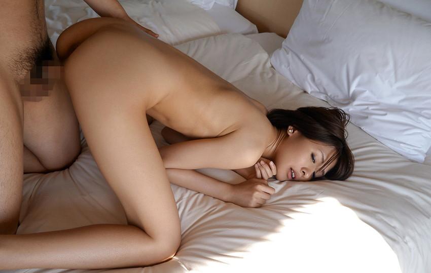 【バックエロ画像】お尻フェチ必見!女の子の尻を見ながらバックでハメる! 37