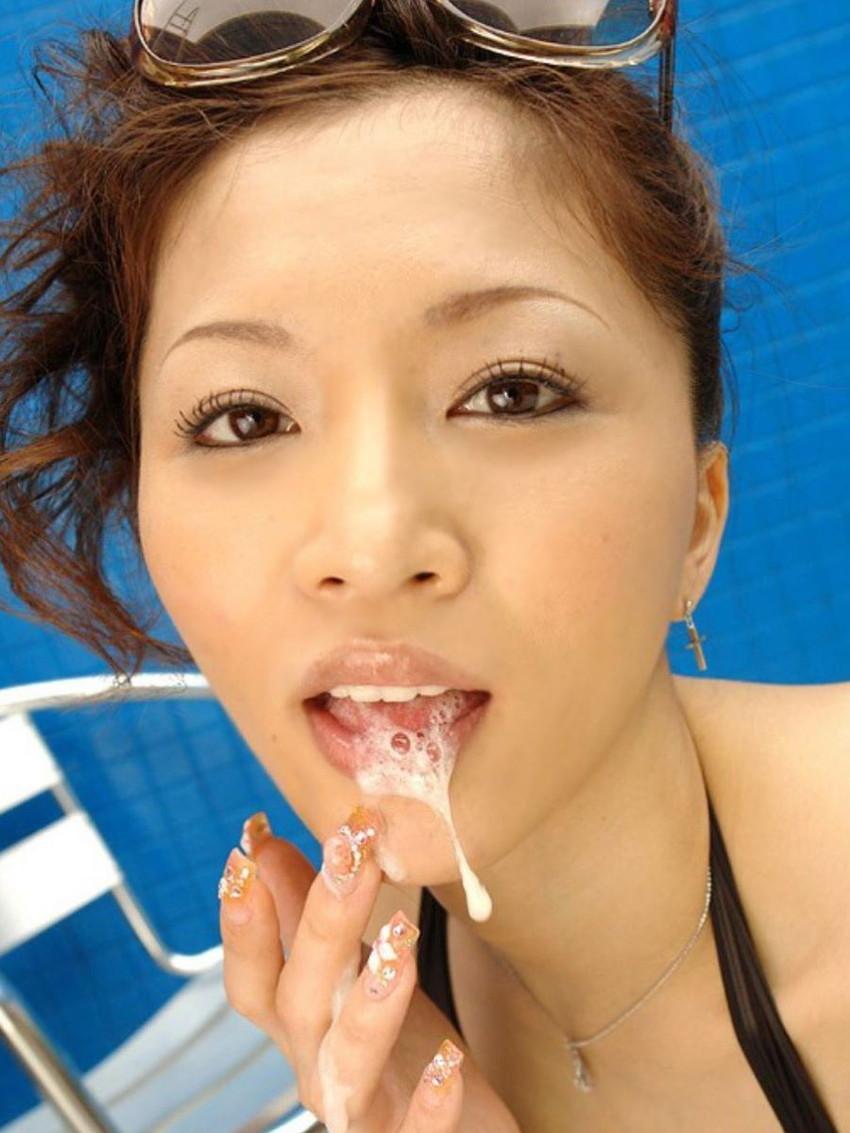 【口内発射エロ画像】女の子の口内で果てる至福のとき!口内発射画像! 03