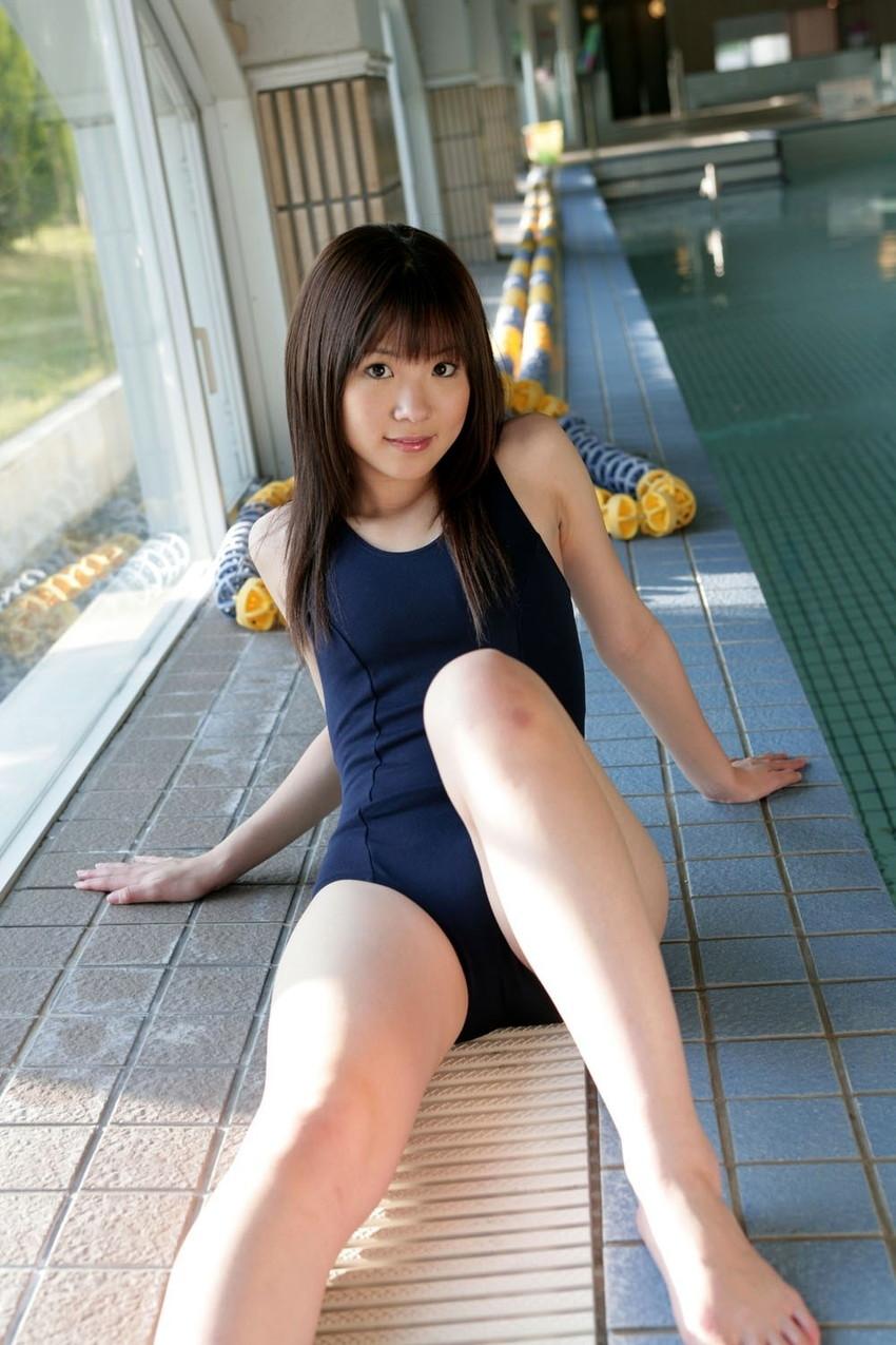 【スク水エロ画像】スクール水着姿のフレッシュな魅力いっぱいの美少女! 54