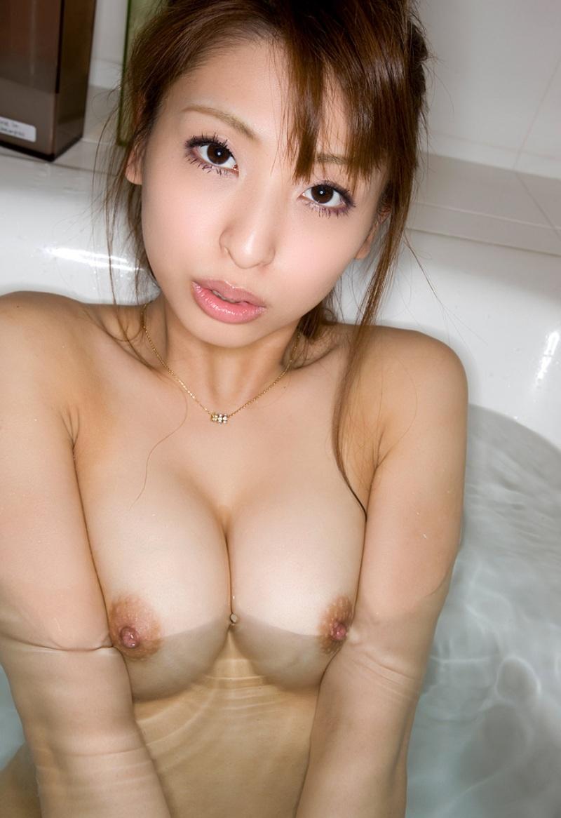 【入浴エロ画像】日常で女の子が最も全裸になる確率が高い瞬間!www 36