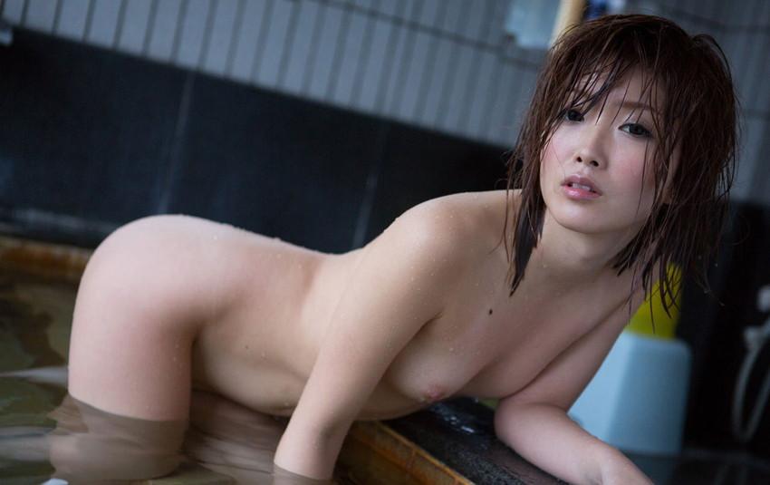 【入浴エロ画像】日常で女の子が最も全裸になる確率が高い瞬間!www 81