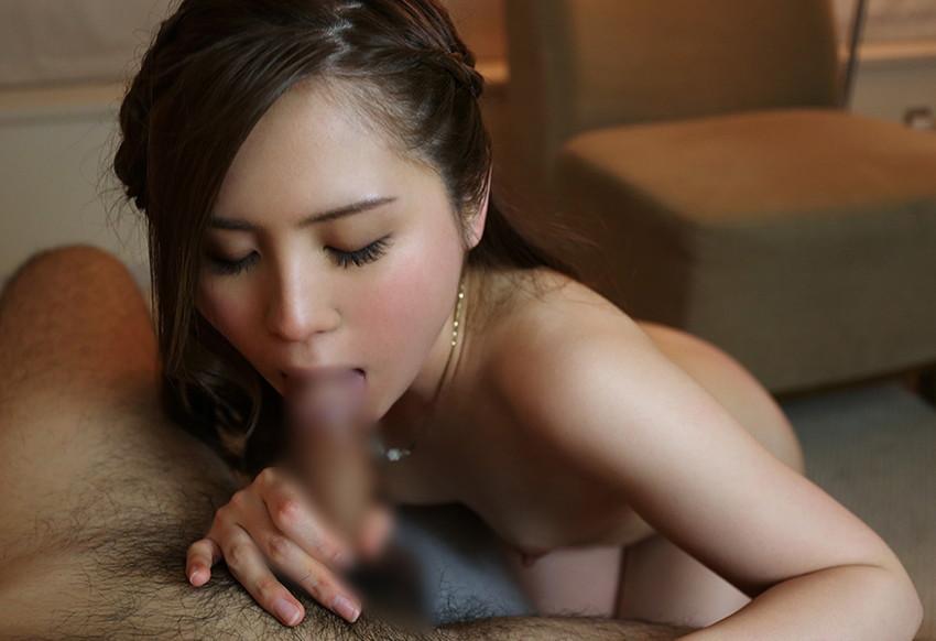 【全裸フェラチオエロ画像】裸でチンポを求めて奉仕!全裸フェラ画像! 19
