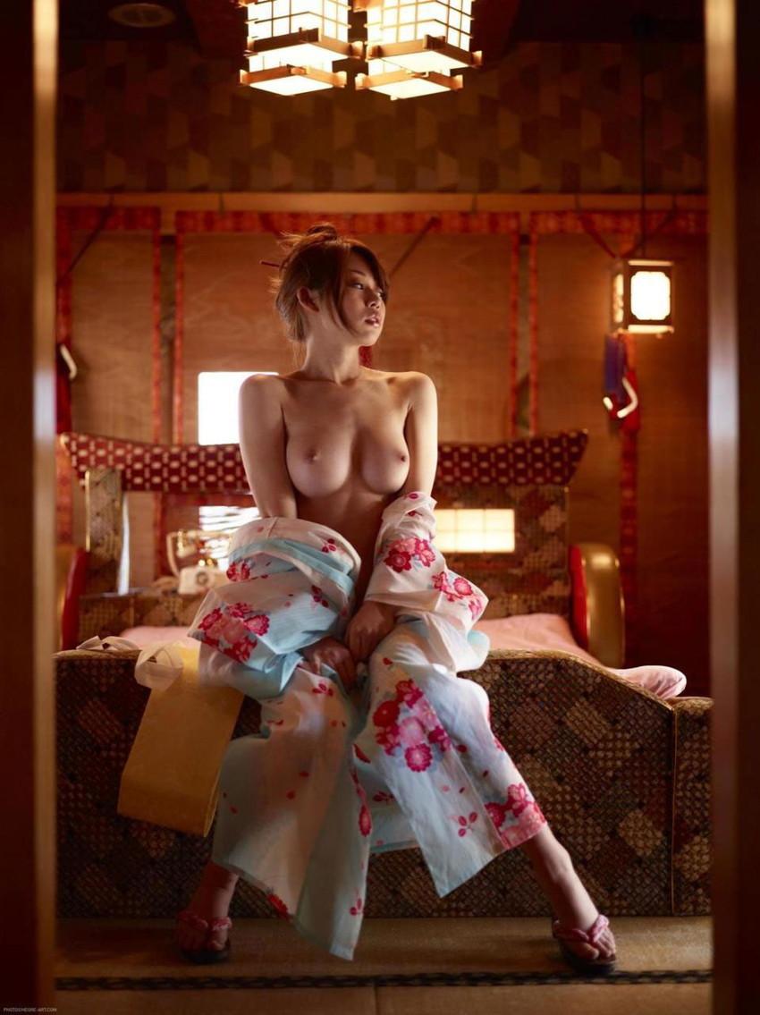 【和服エロ画像】和服姿の女の子たちのエッチすぎる画像集めたら勃起した! 22
