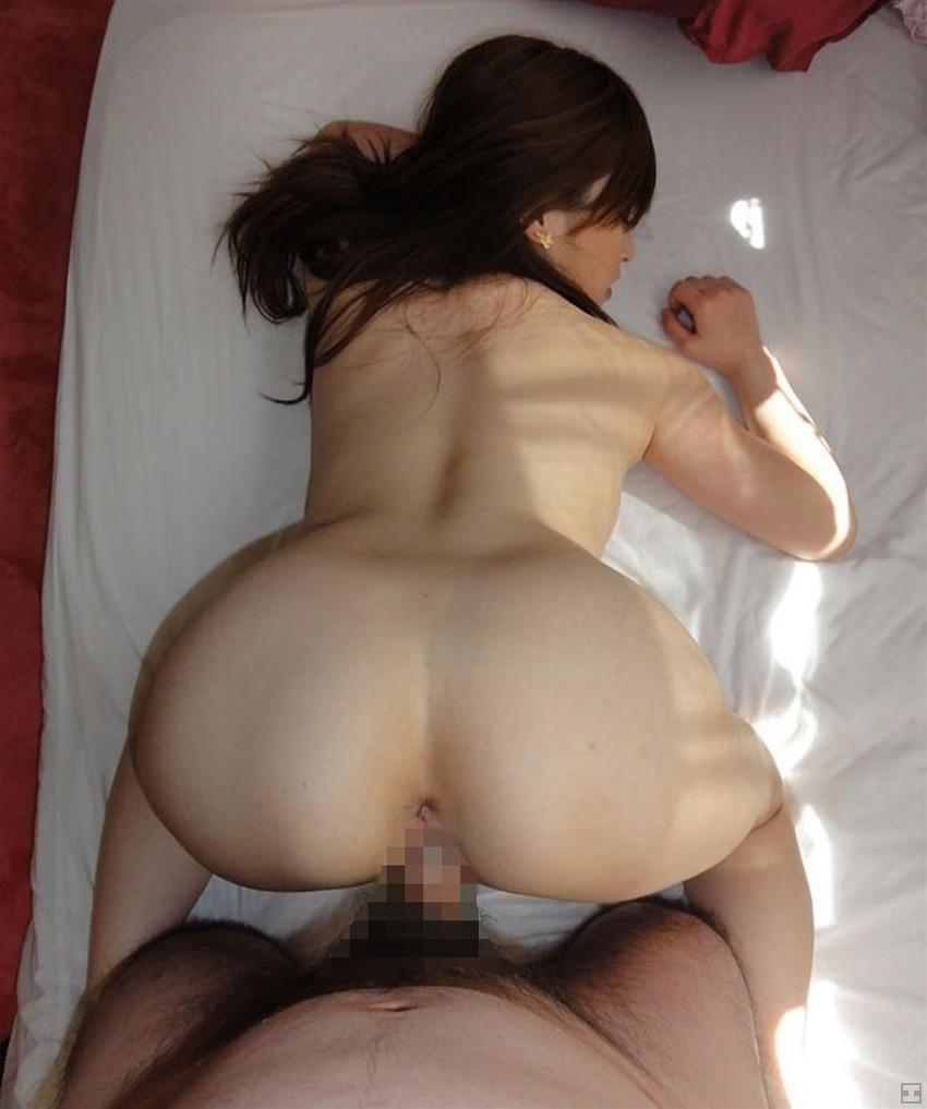 【バックエロ画像】後ろからハメて!バックでセックスしている男女! 15