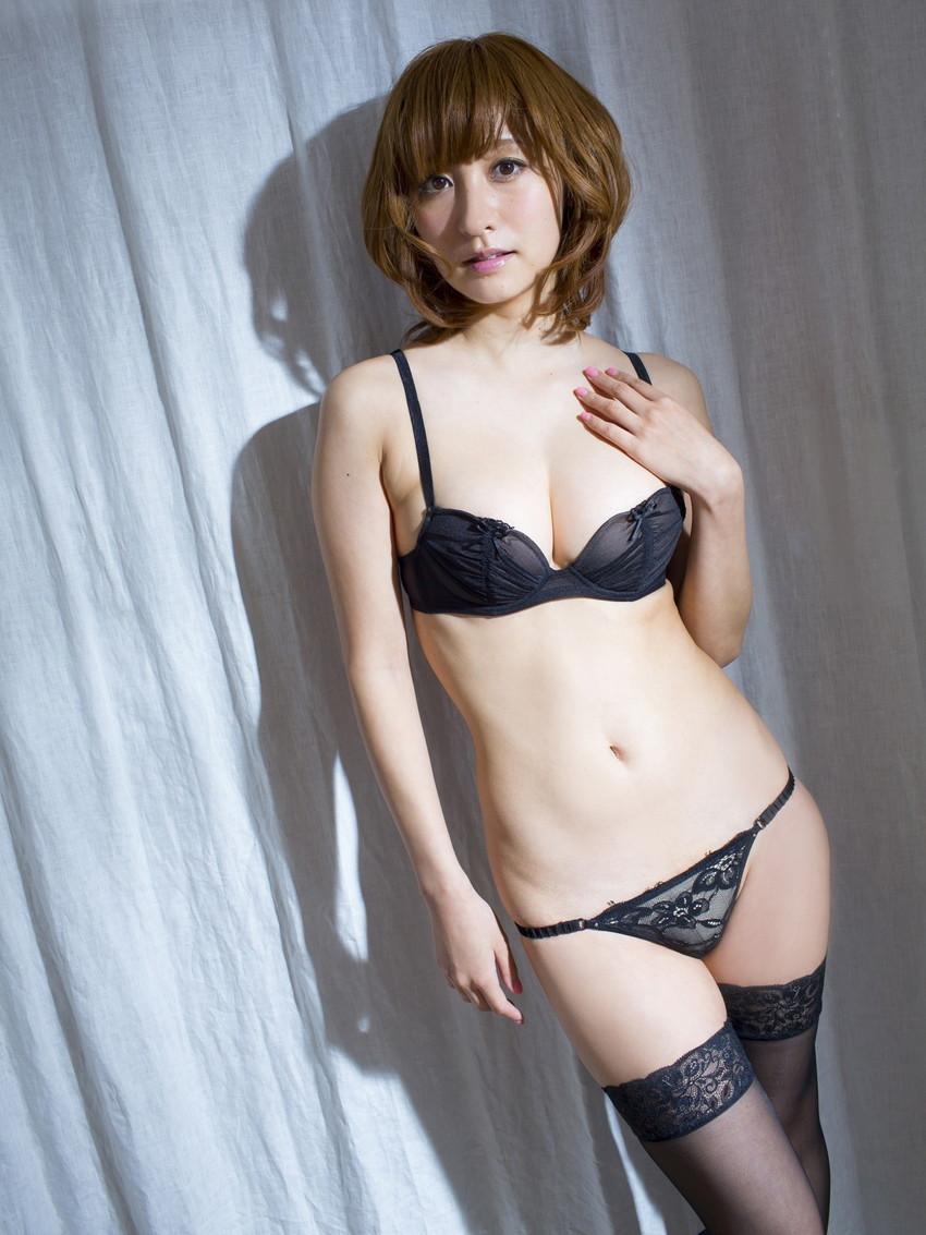【ランジェリーエロ画像】セクシーさも重要な要素の女性用下着!これはエロい! 02