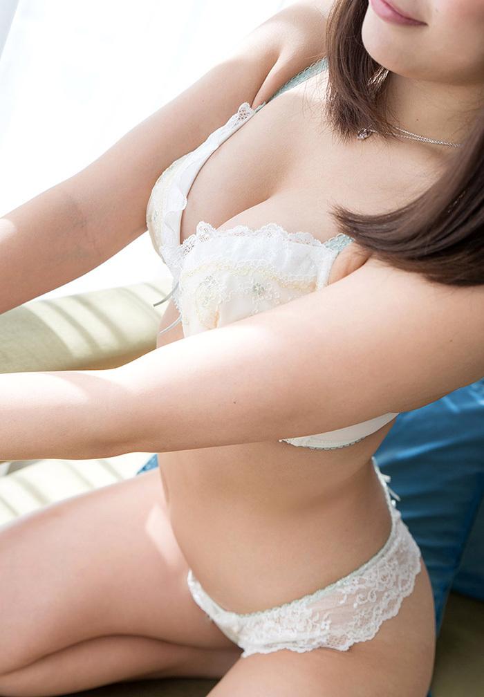 【ランジェリーエロ画像】セクシーさも重要な要素の女性用下着!これはエロい! 17