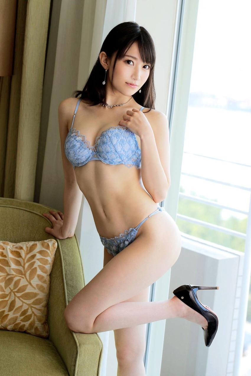 【ランジェリーエロ画像】セクシーさも重要な要素の女性用下着!これはエロい! 46