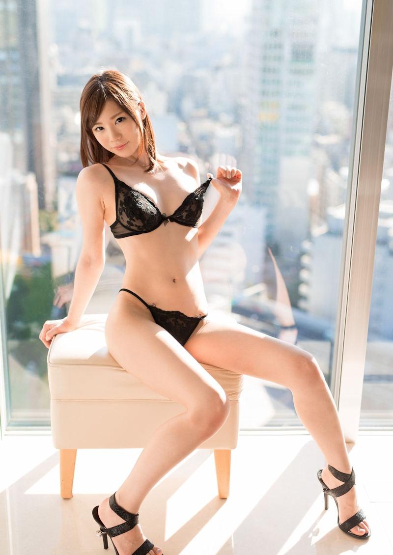【ランジェリーエロ画像】セクシーさも重要な要素の女性用下着!これはエロい! 60