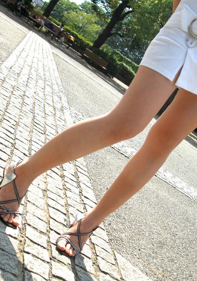 【美脚エロ画像】ため息がこぼれるほど美しい脚線美に見とれてしまうやんけ! 24